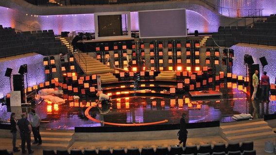 Bühnenarbeiten für den Deutschen Radiopreis im großen Saal der Elbphilharmonie © NDR / Janine Kühl Foto: Janine Kühl