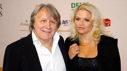 Peter Urban mit Ehefrau auf dem Radiopreis 2011 © NDR/Kai-Thomas Krause Foto: Kai-Thomas Krause