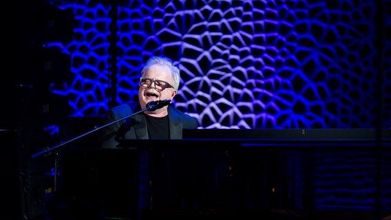 Herbert Grönemeyer bei seinem Auftritt beim Deutschen Radiopreis 2019. © Deutscher Radiopreis / Benjamin Hüllenkremer Foto: Benjamin Hüllenkremer