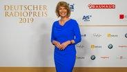 Moderatorin Susanne Holst beim auf dem Roten Teppich beim Deutschen Radiopreis 2019. © Deutscher Radiopreis / Benjamin Hüllenkremer Foto: Benjamin Hüllenkremer