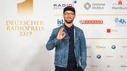 Sänger Mark Forster auf dem Roten Teppich beim Deutschen Radiopreis 2019. © Deutscher Radiopreis / Benjamin Hüllenkremer Foto: Benjamin Hüllenkremer