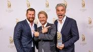 """""""Beste Morgensendung"""": Andreas Kuhlage und Jens Hardeland von N-JOY © Deutscher Radiopreis / Morris Mac Matzen Foto: Morris Mac Matzen"""